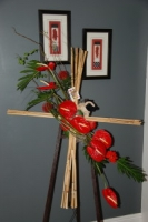 Bamboo cross standing arrangement